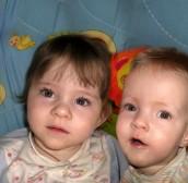 Вероника и Виктория Халатдиновы, 3 года, Качканар, Свердловская область