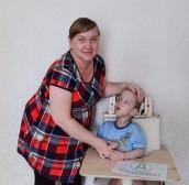 Дети из Оренбургской области получили удобные стульчики для жизни.